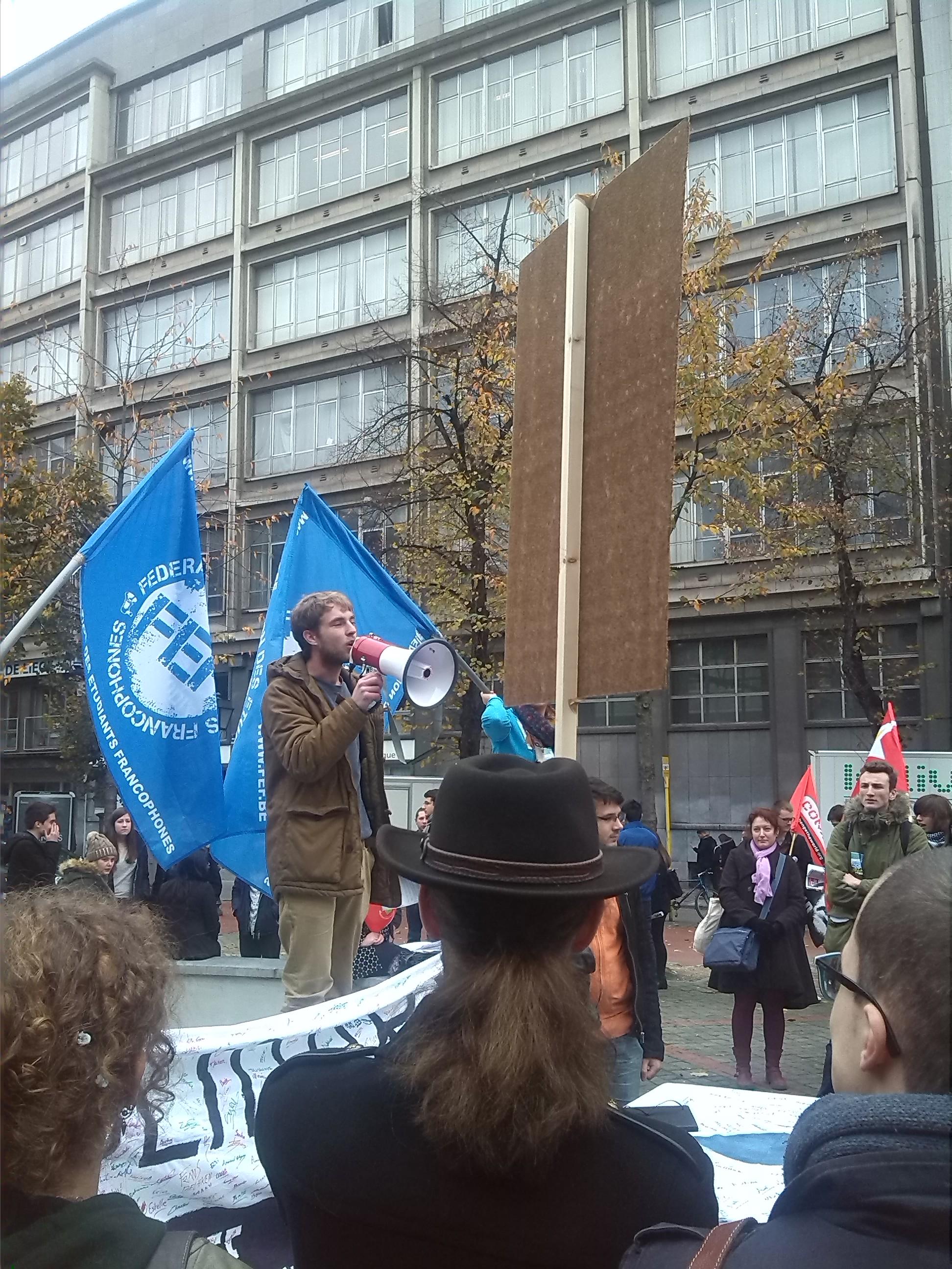 [PHOTOS] Protestation étudiante à Liège