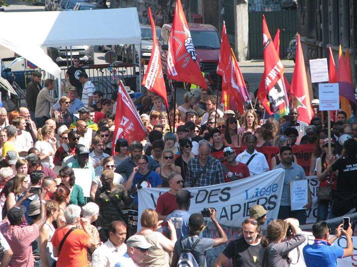 [PHOTOS] Marche de soutien à La Voix des Sans-Papiers de Liège.
