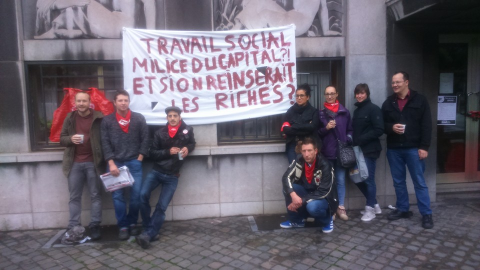Liège: «Ce gouvernement de crapules et de salauds doit partir!»