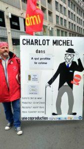 Le gouvernement Michel en conflit ouvert, mais le manque d'opposition lui permet de tenir bon