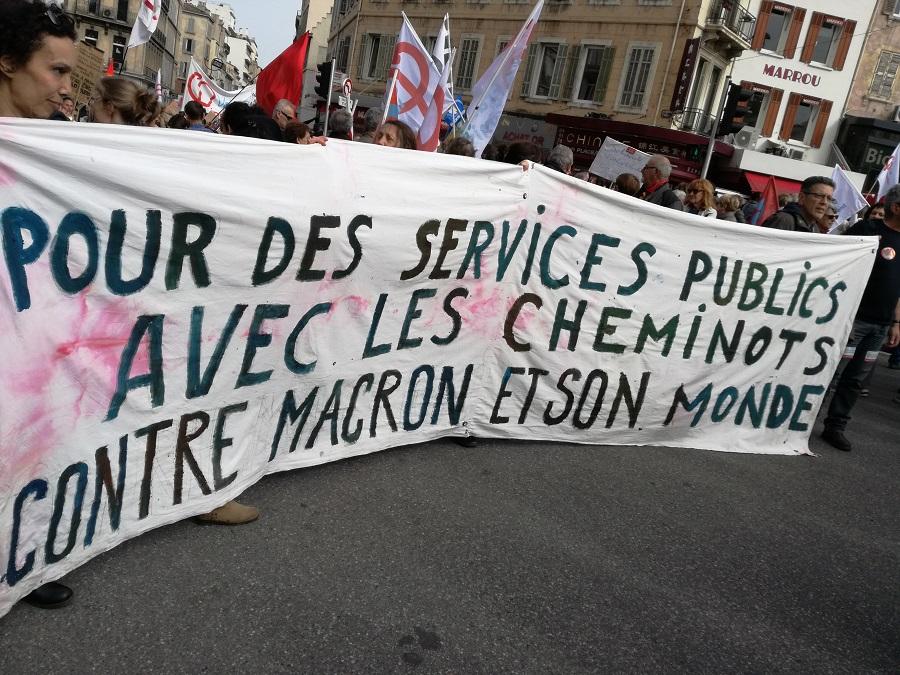 France. Convergence des luttes contre Macron