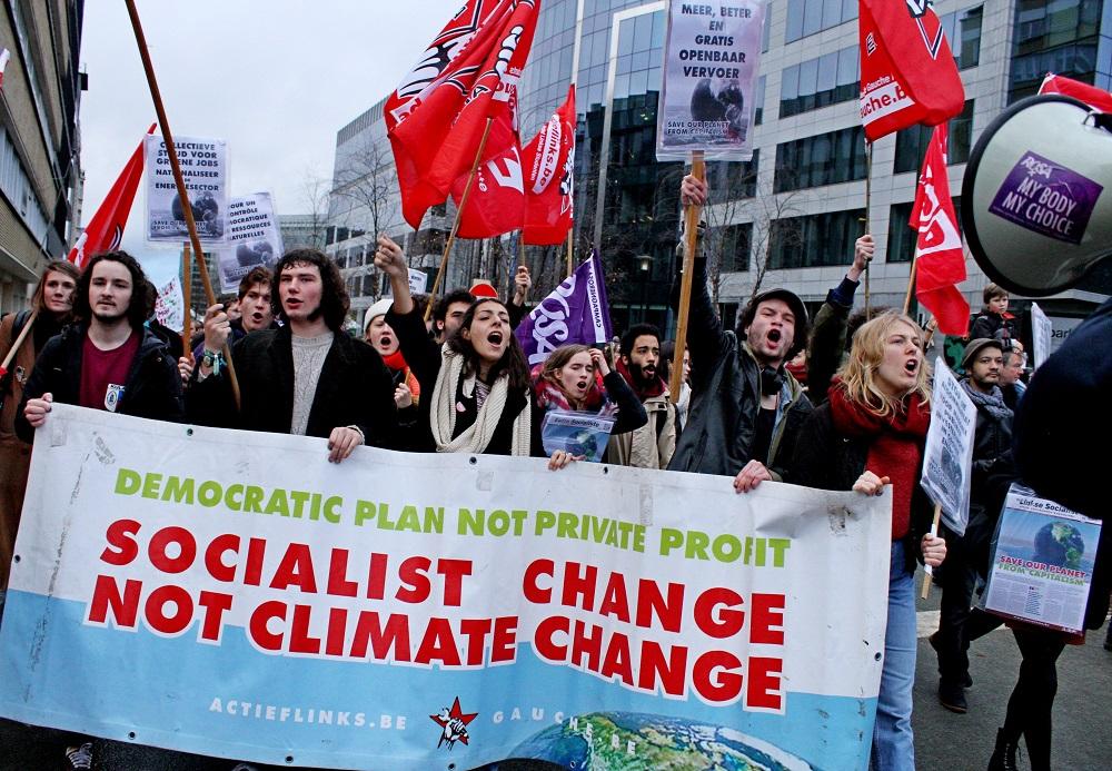 Marche historique pour le climat à Bruxelles : Socialist change not climate change !