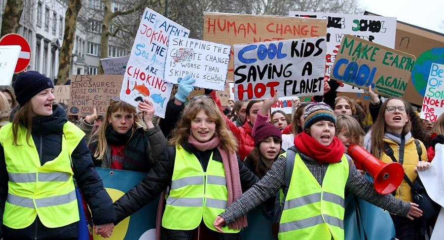 Impressionnante manifestation des jeunes pour le climat : 35.000 à Bruxelles