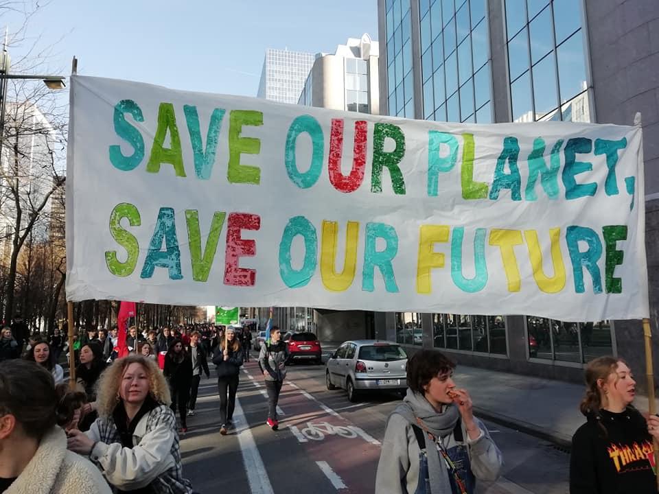 Sauvé par la ''Loi climat'' ? Que cache l'establishment…