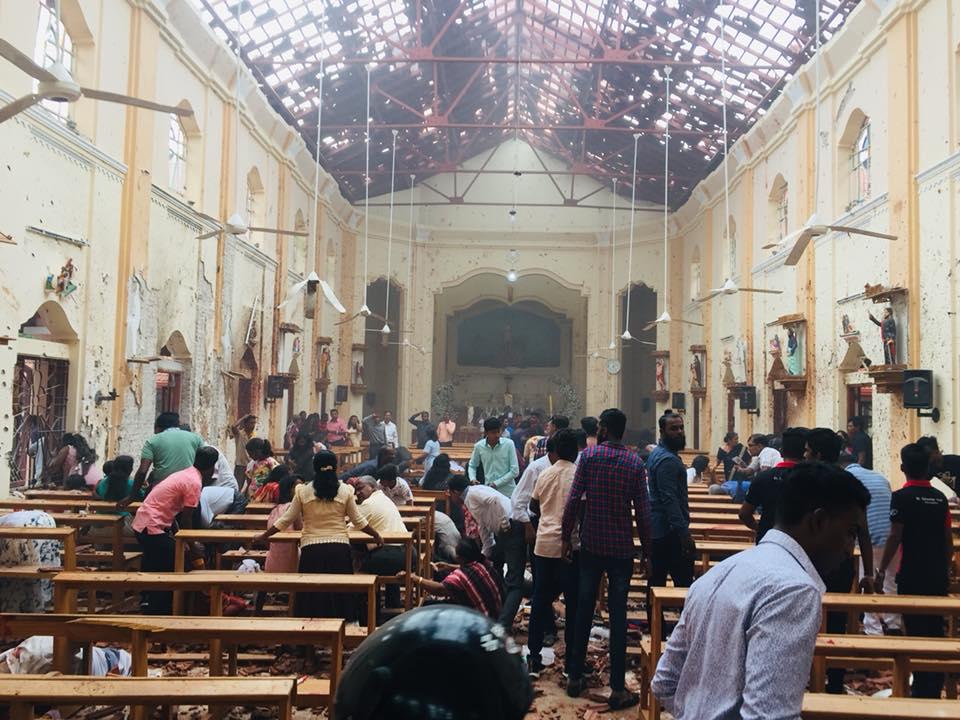 Sri Lanka. Non aux attentats terroristes ! Unis, les travailleurs peuvent repousser le racisme et la division