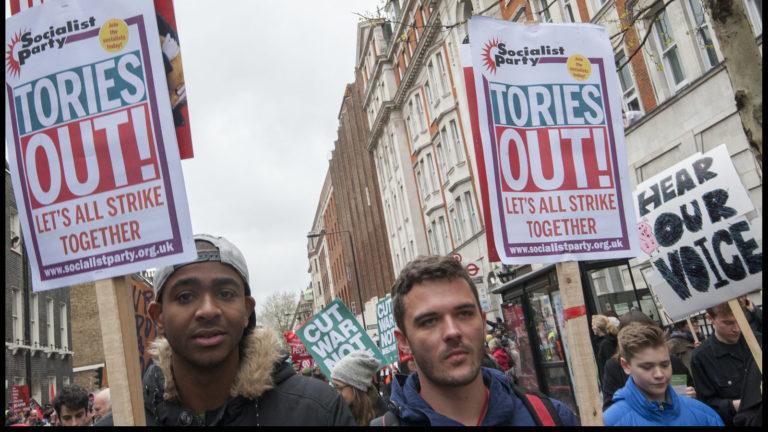 Le Brexit bloqué, les Conservateurs en pleine débâcle – Le mouvement ouvrier doit agir