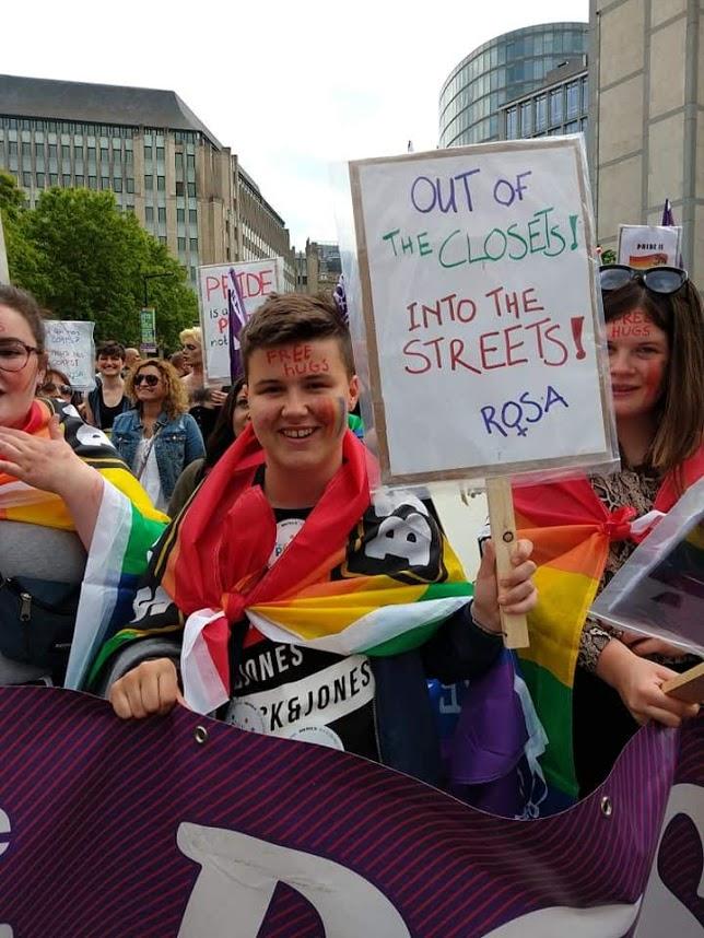 Agressions physiques, homophobes au Parlement : la lutte pour les droits des LGBTQI+ continue !