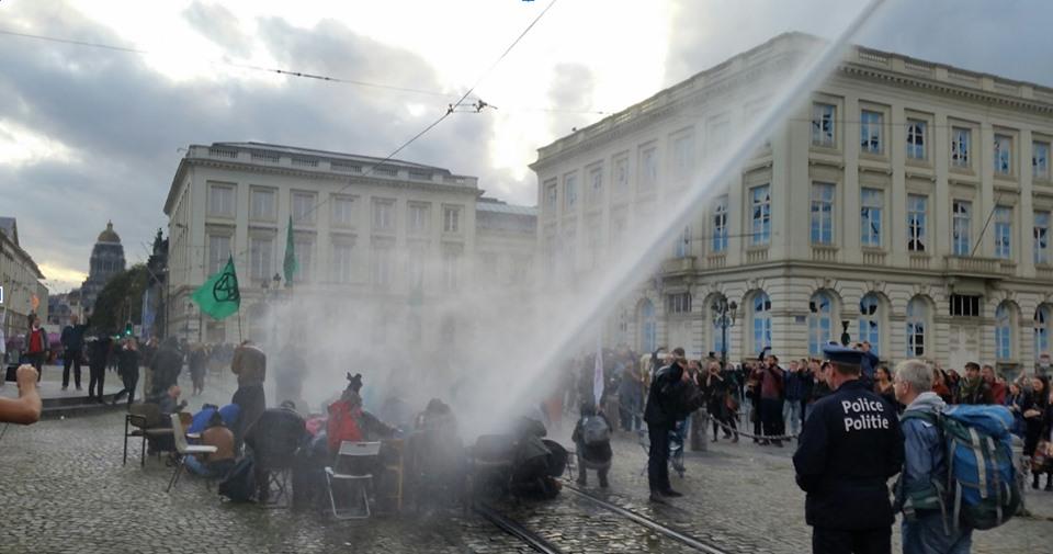 [APPEL] Rejoignez la grève du 24 octobre contre la pollution et la violence du capitalisme !